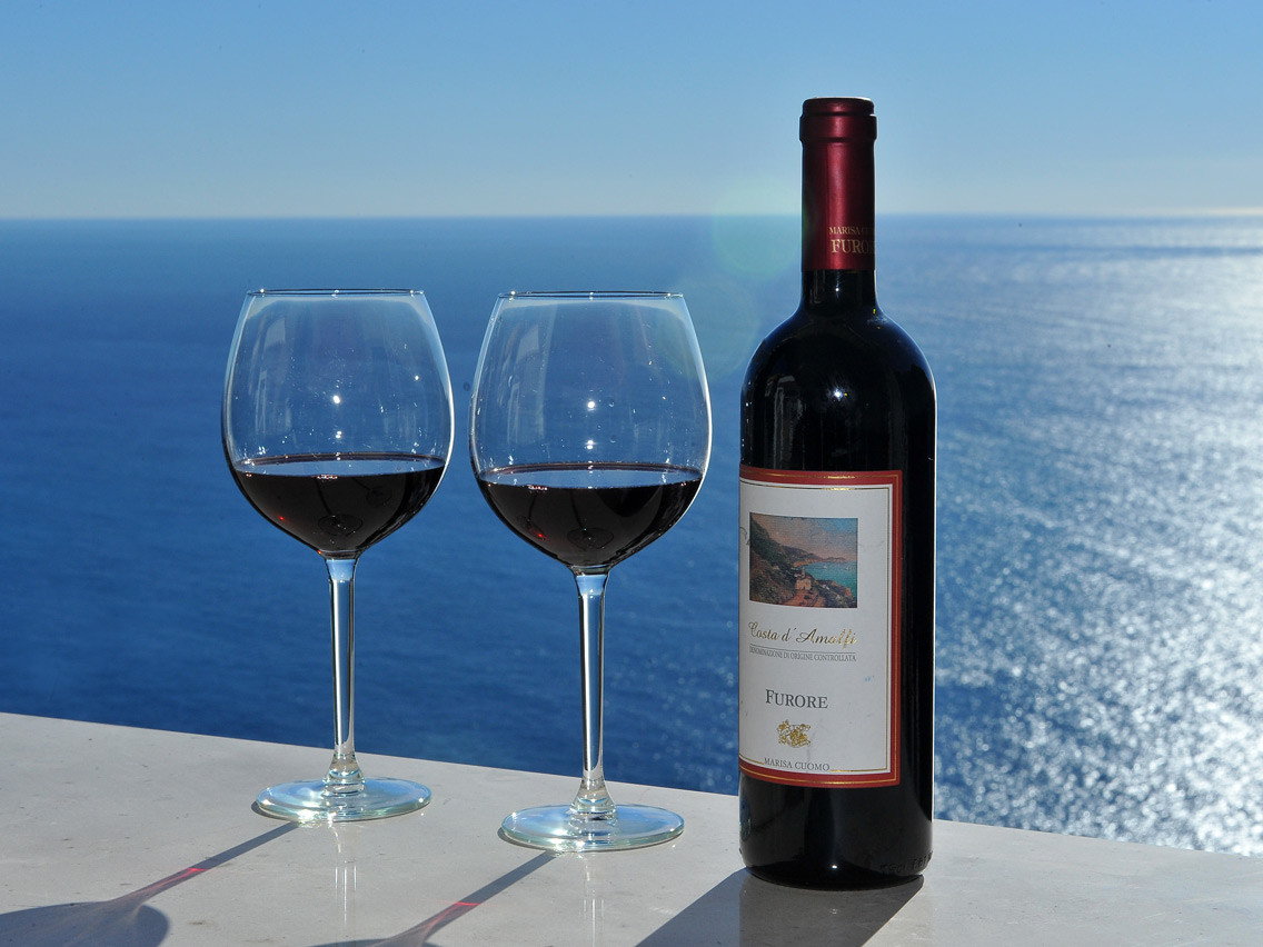 Wine tasting tour Amalfi coast - Red wines tasting with a magnificent sea view