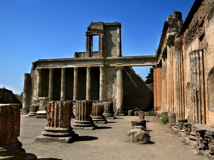 The Basilica - Pompeii archaelogical ruines during our shore excursions from Naples port