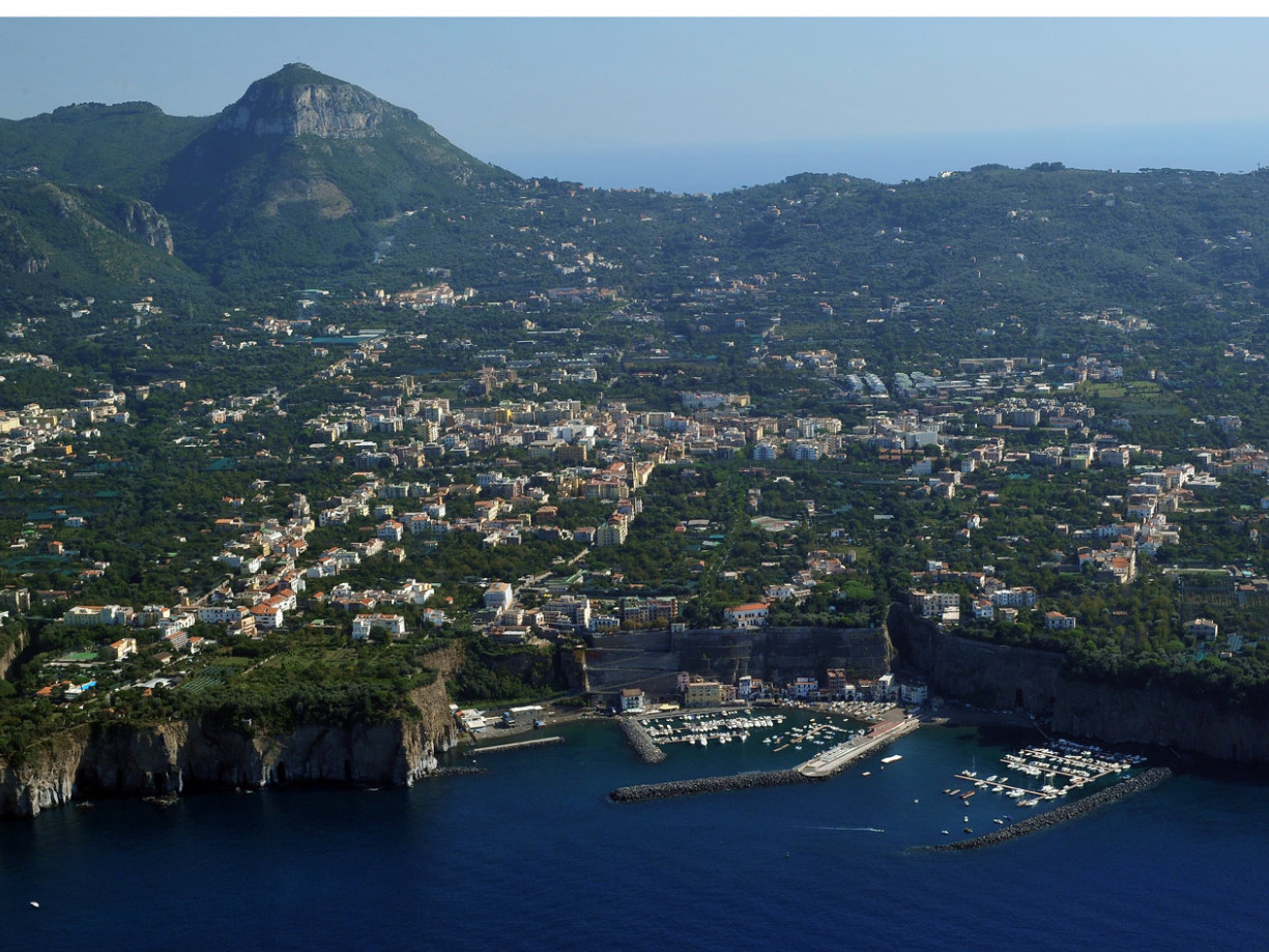 Vista aerea di Sorrento- Tour privato a Pompei e Sorrento