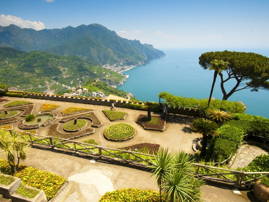 Ravello - Terrazza dell'infinito at Villa Cimbrone